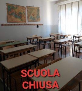 Aula vuota al Liceo D'Oria